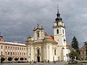 Děkanský kostel sv. Bartoloměje v Heřmanově Městci.