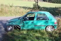Dopravní nehoda u Svobodných Hamrů.