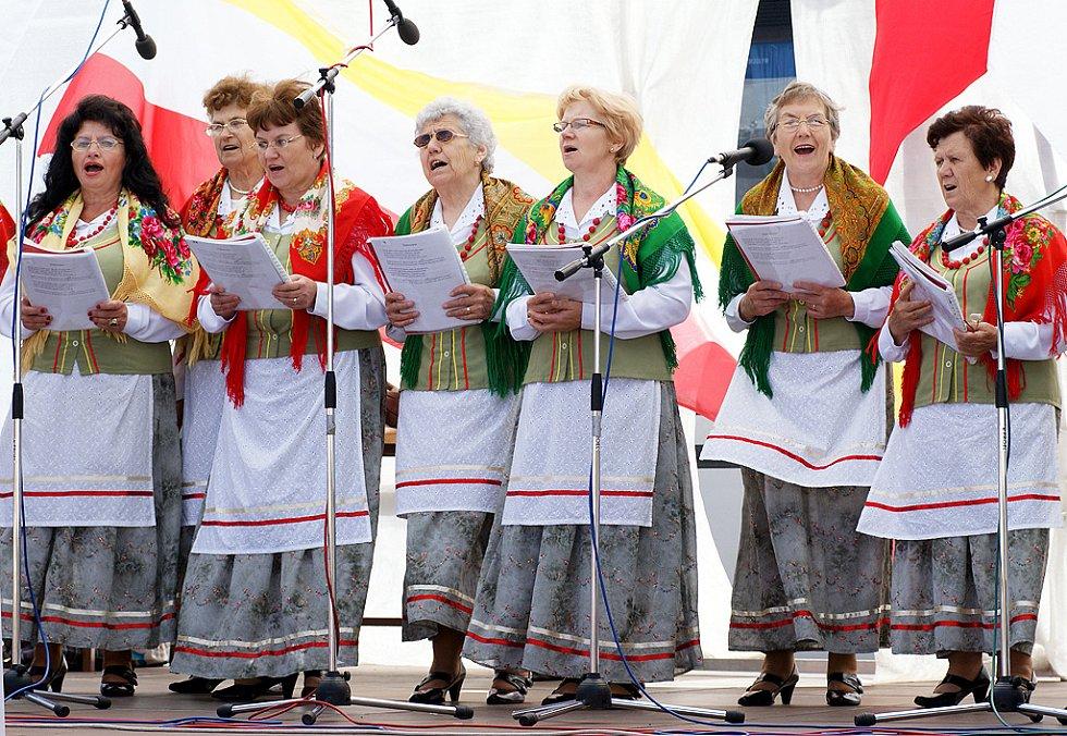 Polsko - slovenský jarmark na Resselově náměstí.