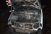 Požár auta v Chrudimi.