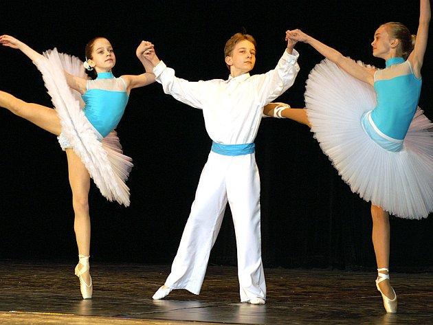 Pardubická Arabeska vyvrcholila v neděli baletním koncertem v Divadle Karla Pippicha v Chrudimi.