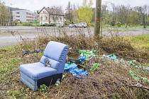 Někteří Chrudimáci si s odkládáním nepotřebného odpadu nedělají vůbec žádné 'násilí'.