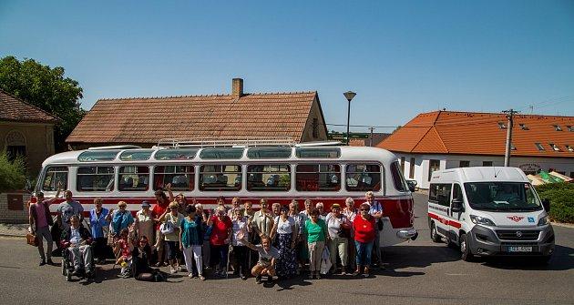 Spolek Hurá na Výlet! pořádá řadu akcí pro seniory.