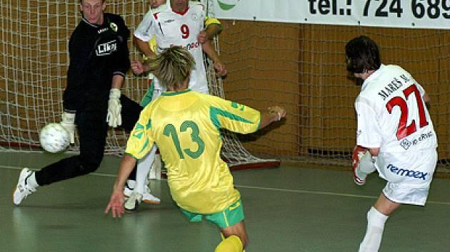 Fustalisté Era-Packu v přípravě UEFA Futsal Cup porazili Třinec vysoko 8:2.