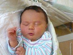 TOMÁŠ POCHOBRADSKÝ (4,06 kg a 50 cm) je od 21.9. od 16:00 po 2,5letém Jakoubkovi jméno dalšího miminka Michaely a Dana Pochobradských ze Slatiňan.