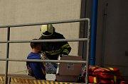 Cvičení hasičů v podniku EURO-Šarm ve Slatiňanech. Foto: HZS Pardubického kraje
