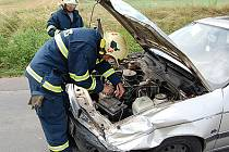 Při dopravní nehodě mezi obcemi Kočí a Dolní Bezděkov byla jedna osoba zraněna.