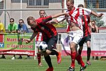 Z utkání 33. kola České fotbalové ligy MFK Chrudim - Jirny 1:0.