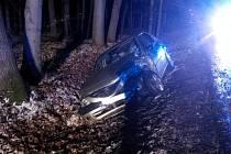 Nehoda u Kovářova bude stát okolo 100 000 korun.
