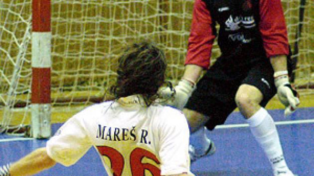 Futsalisté Era-Packu smetli lídra tabulky ze Šumperku vysoko 11:3.