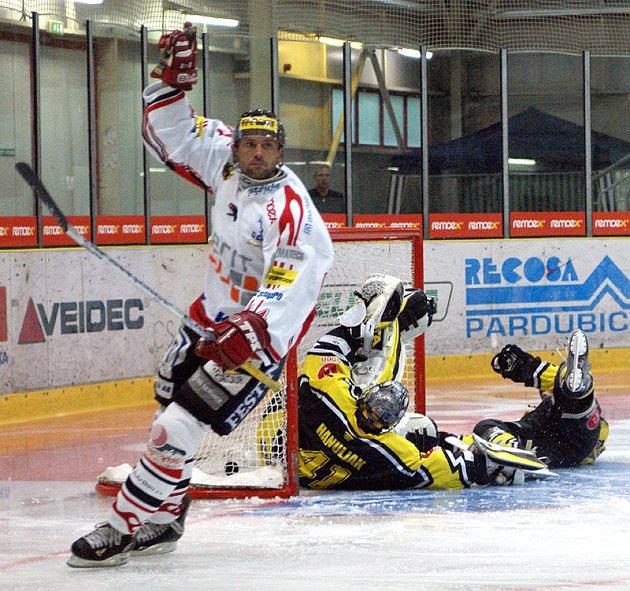 I. hokejová liga: Utkání Chrudim - Kadaň 4:1.