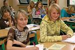 Do Základní školy v Hrochově Týnci dochází okolo 270 dětí.