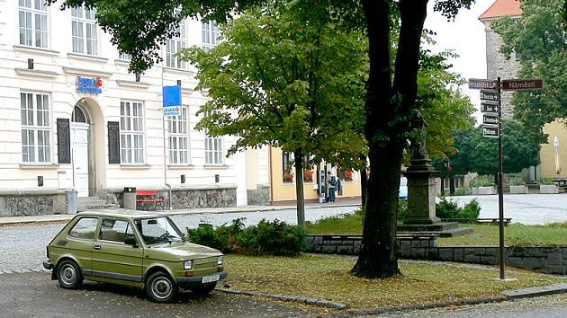 Obec Nasavrky.