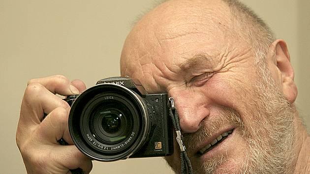 Fotograf Bohdan Holomíček.
