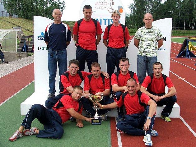 Vítězné družstvo z územního odboru Chrudim.