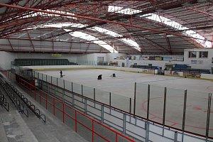 Zimní stadion ve Skutči