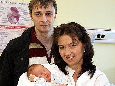 Dalibor Dus z Chrudimi potěšil rodiče mírami 3,46 kg a 52 cm.