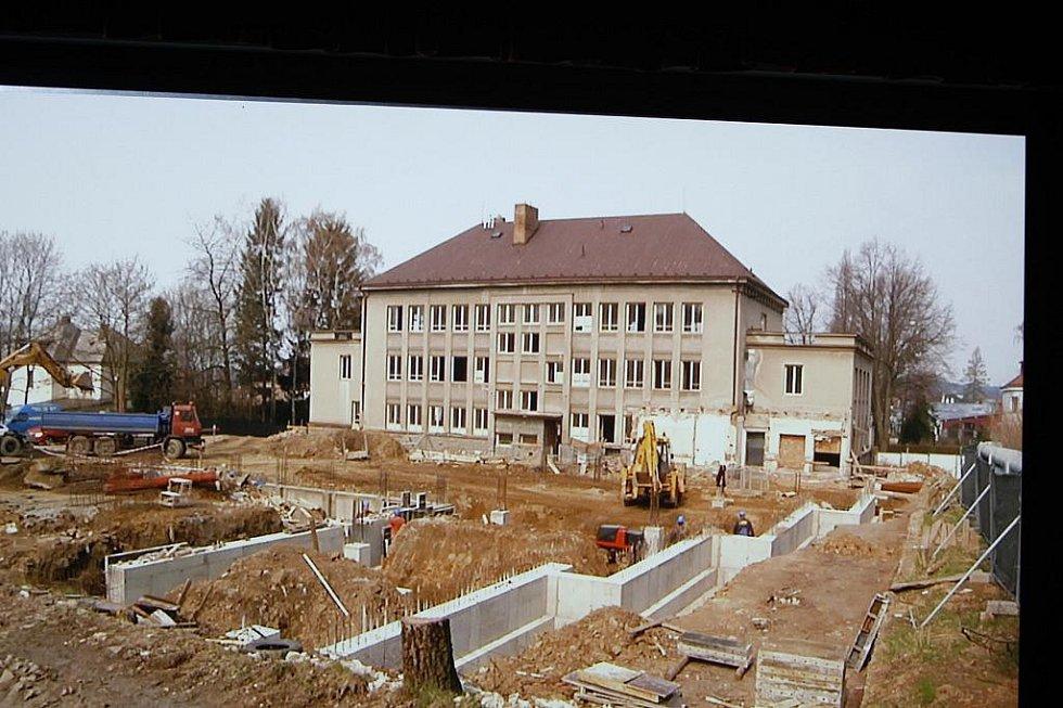 Krátký film shrnoval výstavbu Multifunkčního centra v Hlinsku.