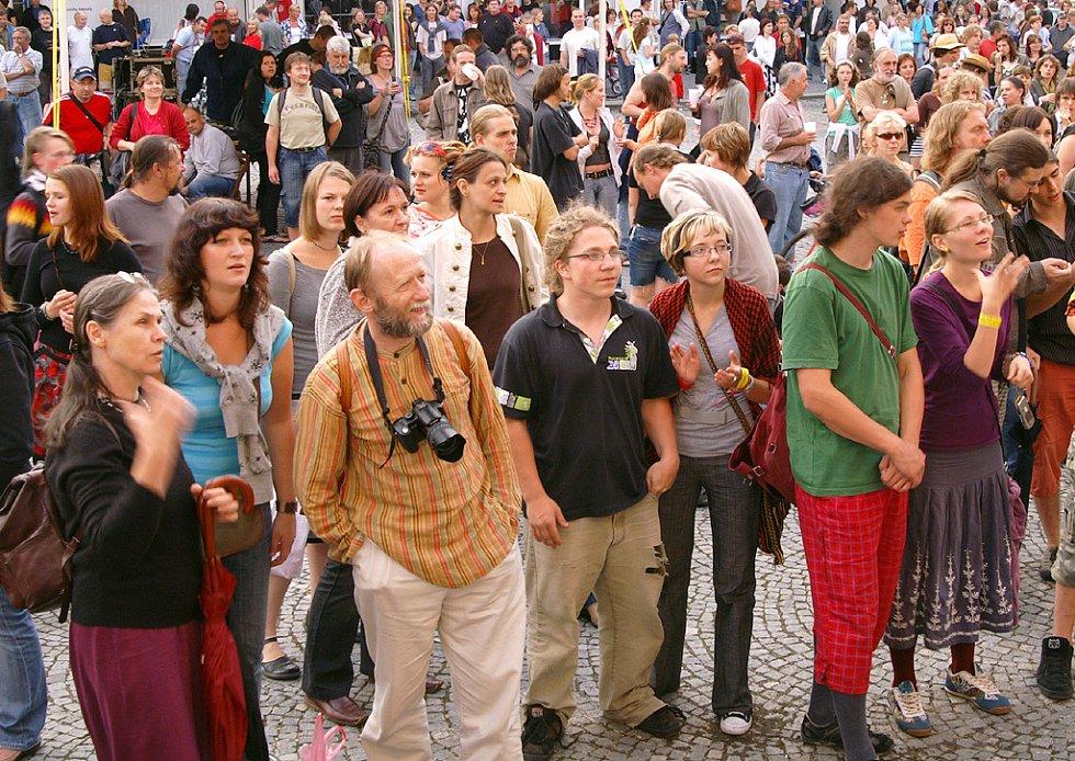 57. ročník festivalu Loutkářská Chrudim v pátek uzavřela loutkářská pouť s vyhlášením výsledků.