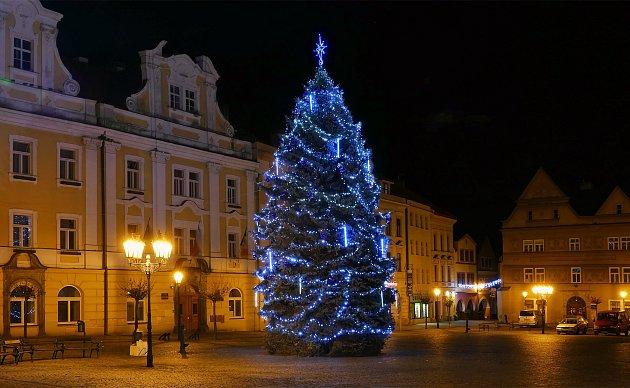 Vánoční strom vChrudimi