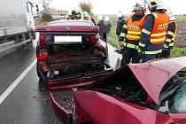 Nehoda u Kočí - srážka tří aut.