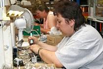 Pohled do výroby cívek v hlinecké společnosti Plastkov.