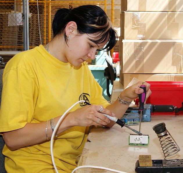 Pohled do výroby elektrických domácích spotřebičů v hlinecké společnosti ETA.