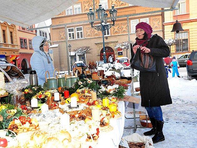 Mikulášský jarmark na Resselově náměstí v Chrudimi.