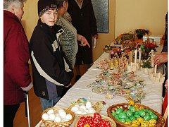 Velikonoční výstava ve Společenském domě ve Slatiňanech.