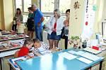 Svůj první školní den si užili 1. září 2011  i prvňáčci na základní škole v Třemošnici.