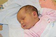 SANDRA VODVÁRKOVÁ (3,08 kg a 49 cm) se poprvé ozvala rodičům Renatě a Františkovi z Kameniček a svému bráškovi Matějovi (12) 6.6. ve 14:15.