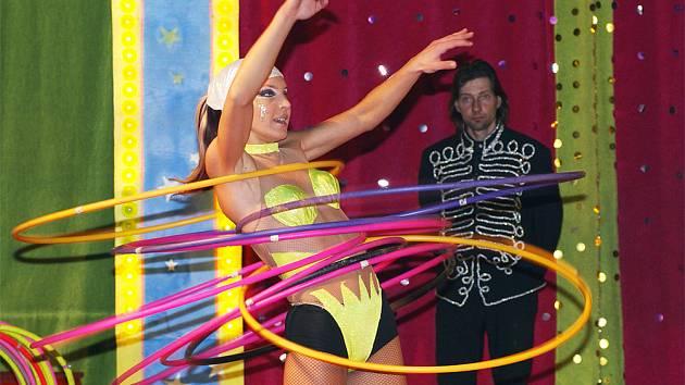 Již tradičně rozbil v Chrudimi na Ploché dráze své šapitó oblíbený a světoznámý Cirkus Berousek.
