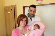 ELLEN LANKAŠOVÁ (3,01 kg a 49 cm) patří od 26. 3. od 23:17 do rodiny Davida a Rendi z Chrudimi a jejich dcery Nicol (3,5).