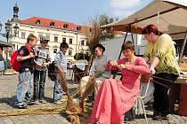 Oslavy Dne Země 2011 na Resselově náměstí v Chrudimi.