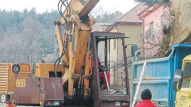Výstavba infrastruktury.