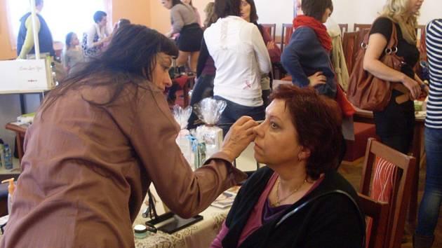 V budově kina v Rané u Skutče na Chrudimsku se uskutečnil Den Žena 2015.