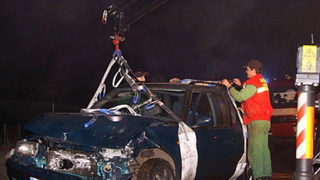 Při čelní srážce ve Vestci  došlo ke zranění dvou osob.