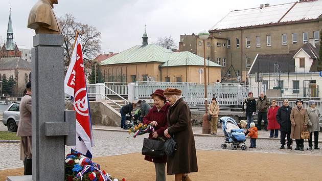 Chrudimáci si v Parku Republiky připomněli 159. výročí narození T.G. Masaryka.