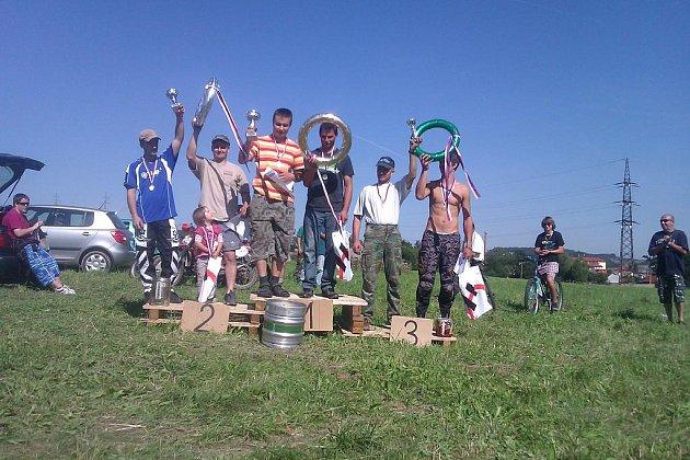 Po velkém boji vyhrála posádka Václav Kocourek a Robert Remsa, druhý byl Jakub Smrček a Michal Hlaváč a na třetím místě skončil Petr Kopecký a Petr Rulík.