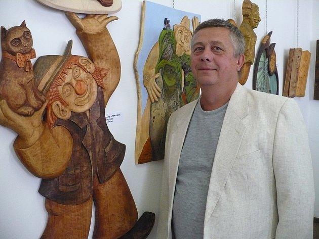 Muzeum Loutkářských kultur v Chrudimi hostí výstavu Václava Plechatého.
