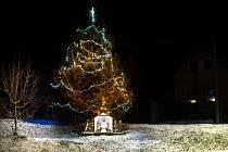 Vánoční strom ve Zderazi.