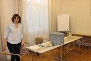 V sobotu v devět hodin začali volit i senioři v SeniorCentru v Chrudimi