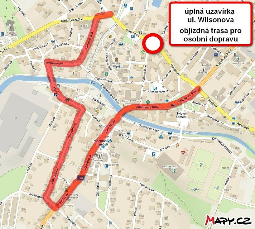 Dopravní šílenství v Chrudimi končí, v Hlinsku dál pokračuje