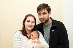 KAREL PÁLKA se svým rodičům Zuzce a Karlovi narodil 29.1.ve 21:44. Měřil 51 cm a vážil 3,4 kg. Bude bydlet v Pardubicích.