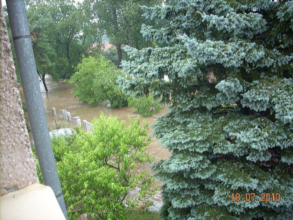 Zaplavené Řestoky v neděli 18. července.