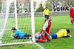 Z fotbalového utkání Holice - AFK Chrudim.