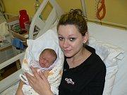 ELIŠKA KUČEROVÁ. Z prvorozené dcery se radují Martin a Stephanie Kučerovi z Jezbořic. Na svět přišla 30.12. v 15:17 s váhou 3,3 kg a mírou 50 cm.