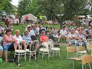 Festival seniorů v Chrudimi potrápilo pekelné vedro.