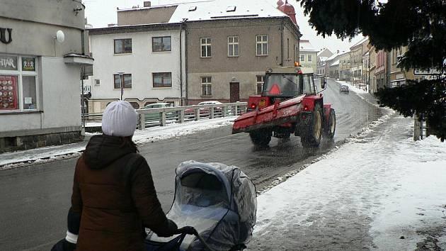 Na Hlinecko se opět vrátila zima.