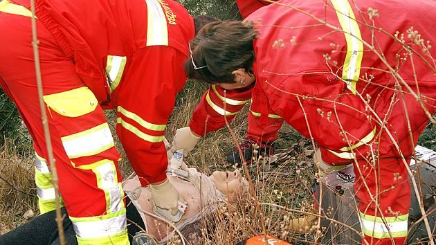 Přes veškerou snahu záchranářů se ženu zachránit nepodařilo.
